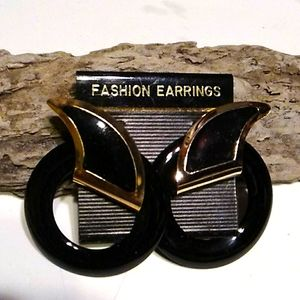 Nwt Black and  Gold Pierced Earrings